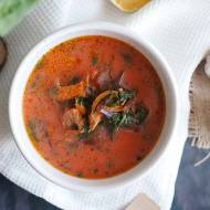 Botwinka z boczniakami / Young beet soup with oyster mushrooms