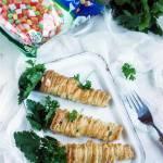 Marchewki z ciasta francuskiego z salatka jarzynowa