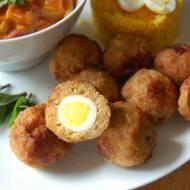 Przepiórcze jajka po indyjsku w mięsnej skorupce