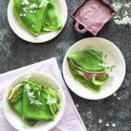 Zielone naleśniki ze szpinakiem i serowym nadzieniem
