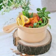 Kopytka w sosie z kiełbasą