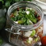 Sałatka z kaszą gryczaną i suszonymi pomidorami