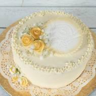 łatwy tort z dekoracją komunijną