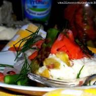 Terrina jogurtowa z szparagami i salsą z łososia (bez laktozy)