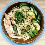 Poniedziałek: Szybki makaron chiński z sosem imbirowo-szczypiorkowym