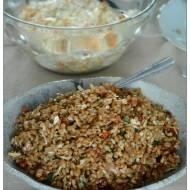 Sycąca sałatka z orkiszu, z nasionami i suszonymi pomidorami