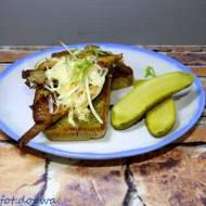 Ciepłe kanapki z boczniakami i serem