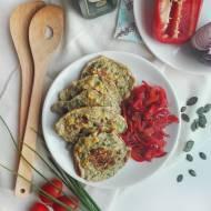 Placki pełnoziarniste z kukurydzą oraz karmelizowaną papryką