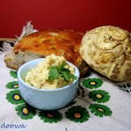 Pasta z selera i kaszy jaglanej