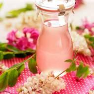 Syrop z kwiatów akacji