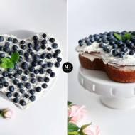 Tort na Dzień Mamy – szybkie ciasto cytrynowe bez miksera z bitąśmietaną i borówkami
