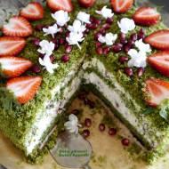 Tort szpinakowy z kremem jogurtowym, truskawkami i pestkami granatu - super fit