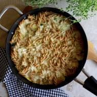 Frittata z warzywami i pełnoziarnistym makaronem