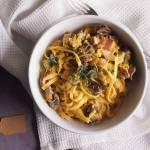 Makaron z kiełbasą i młodą kapustą / Sausage and young cabbage pasta