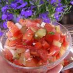 sałatka z pomidorami...