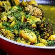 Ziemniaki z młodą kapustą i brokułem