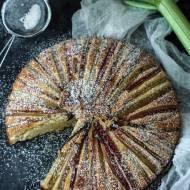 Ciasto w paski z rabarbarem