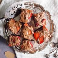 Podwójnie czekoladowe brownie z truskawkami / Double chocolate strawberry brownie
