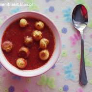 Rozgrzewająca zupa krem z pieczonych buraków z nutą kokosową
