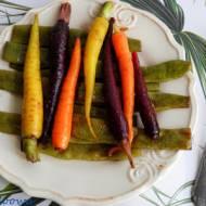 Karmelizowane marchewki i fasolka