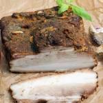 Boczek pieczony w rękawie w marynacie majerankowo-paprykowej z czosnkiem
