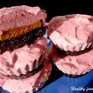 Mrożone muffinki truskawkowo - orzechowe