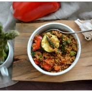 Sałatka z kaszy bulgur i grillowanych warzyw