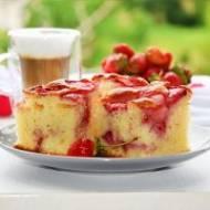 Ciasto z truskawkami na kefirze