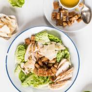 Sałatka cezar z kurczakiem