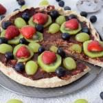 Przepis #150 Letnia  pizza z owocami