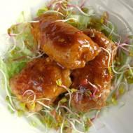Mini roladki schabowe w słodko-pikantnym sosie