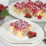 ciasto ucierane z czerwoną porzeczką