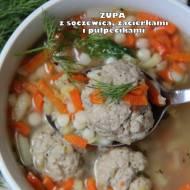 Zupa z soczewicą, zacierkami i pulpecikami