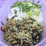 Makaron ryżowy z indykiem, pak choi i sosem ostrygowym