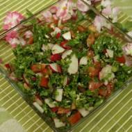 Sałatka z jarmużem - smaczna i zdrowa