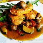 Klopsiki w sosie warzywnym z pieczarkami
