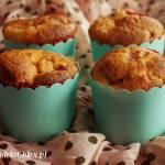 Muffiny serowo-cytrynowe z truskawkami