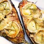 Bakłażan zapiekany z kozim serem i pecorino