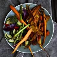 Warzywa korzeniowe pieczone w kuminie oraz warzywa kiszone - przepis na post Dr. Dąbrowskiej