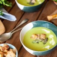 Zupa krem ze szparagów z grzankami ziołowymi