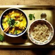 Quinoa i żółte curry z krewetkami