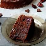 Ciasto czekoladowe z cukinią i czereśniami