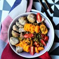 Orientalna soczewica z warzywami i pulpeciki z indyka