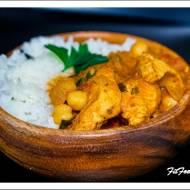Curry z kurczaka i ciecierzycy