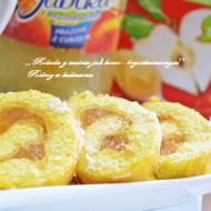 ,,Rolada z musem jabłkowo- brzoskwiniowym''