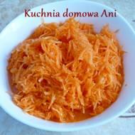 Surówka z marchewki z sokiem pomarańczowym