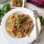 Makaron z pesto z bakłażana (Pasta con pesto di melanzane)