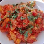 Młoda kapustka z warzywami-idealna na obiad