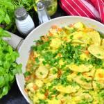 Szybki kurczak z warzywami w sosie