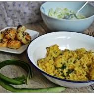 Kalafiornica (kalafior curry), ziemniaki z czarnuszka i mizeria